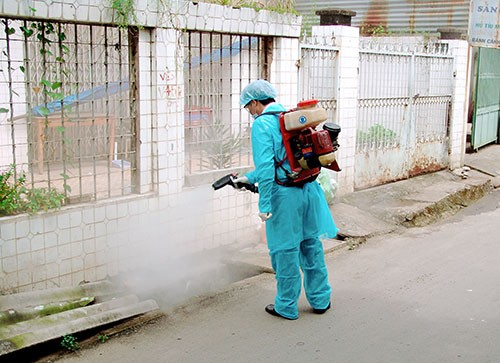 Cách sử dụng thuốc diệt côn trùng hiệu quả